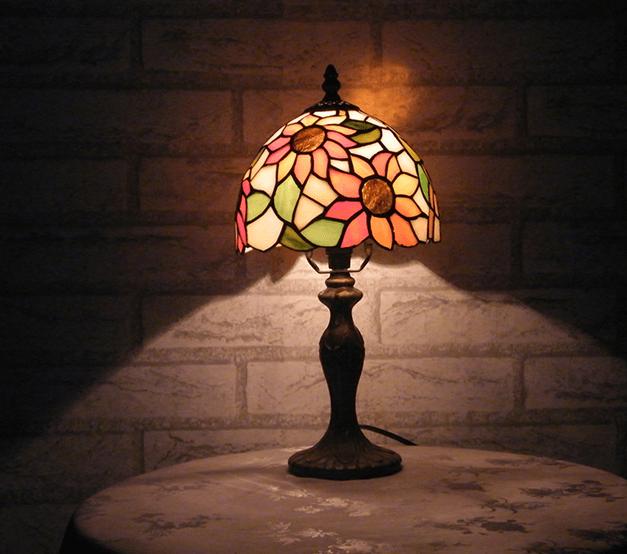 красивый светильник