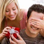 Что можно подарить парню на годовщину отношений