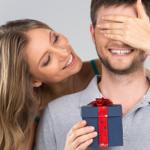 Что подарить мужчине на день святого Валентина. Романтические подарки, валентинки и недорогие сувениры