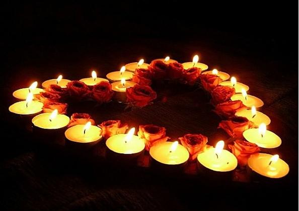 набор из ароматических свечей