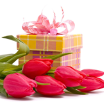 Идеи подарков начальнице к 8 марта от себя лично и от всего коллектива