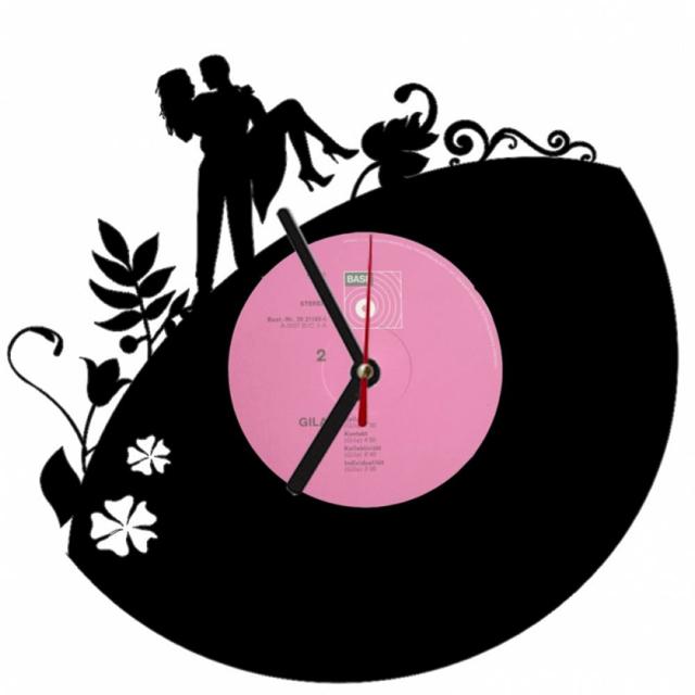 эффектные настенные часы