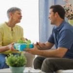 Идеи универсальных и индивидуальных подарков зятю от тестя и тещи