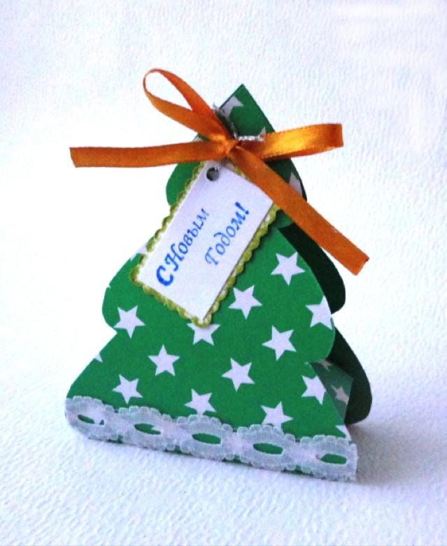 подарочная коробка своими руками в виде новогодней елочки