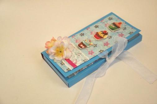 • Открытка с кармашком для шоколадки